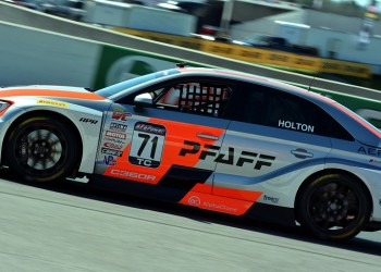 Holton Takes Pirelli World Challenge Championship Touring Car Lead In Canada